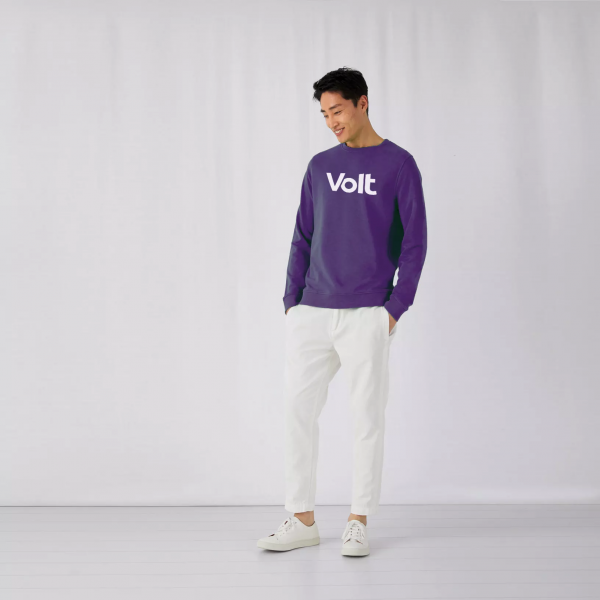 sweatshirt purple 2.png